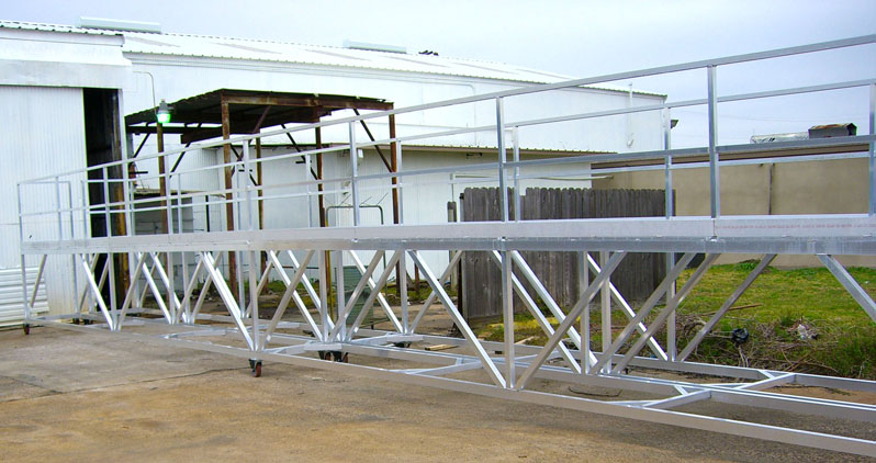 Custom Aluminum Double Entry Mobile Platform